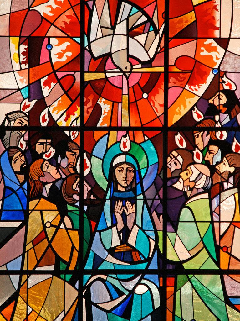 Vitrail Pentecôte Marcilhac